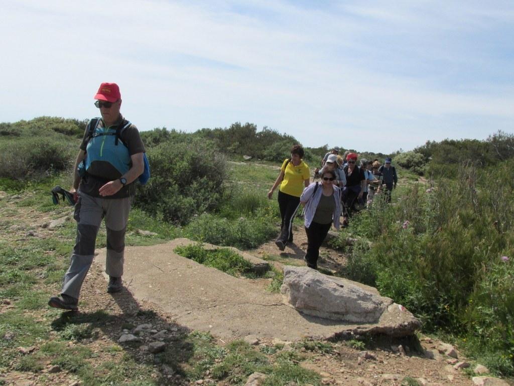 La Couronne - Le sentier des douaniers - Jeudi 30 avril 2015 FDWv0A