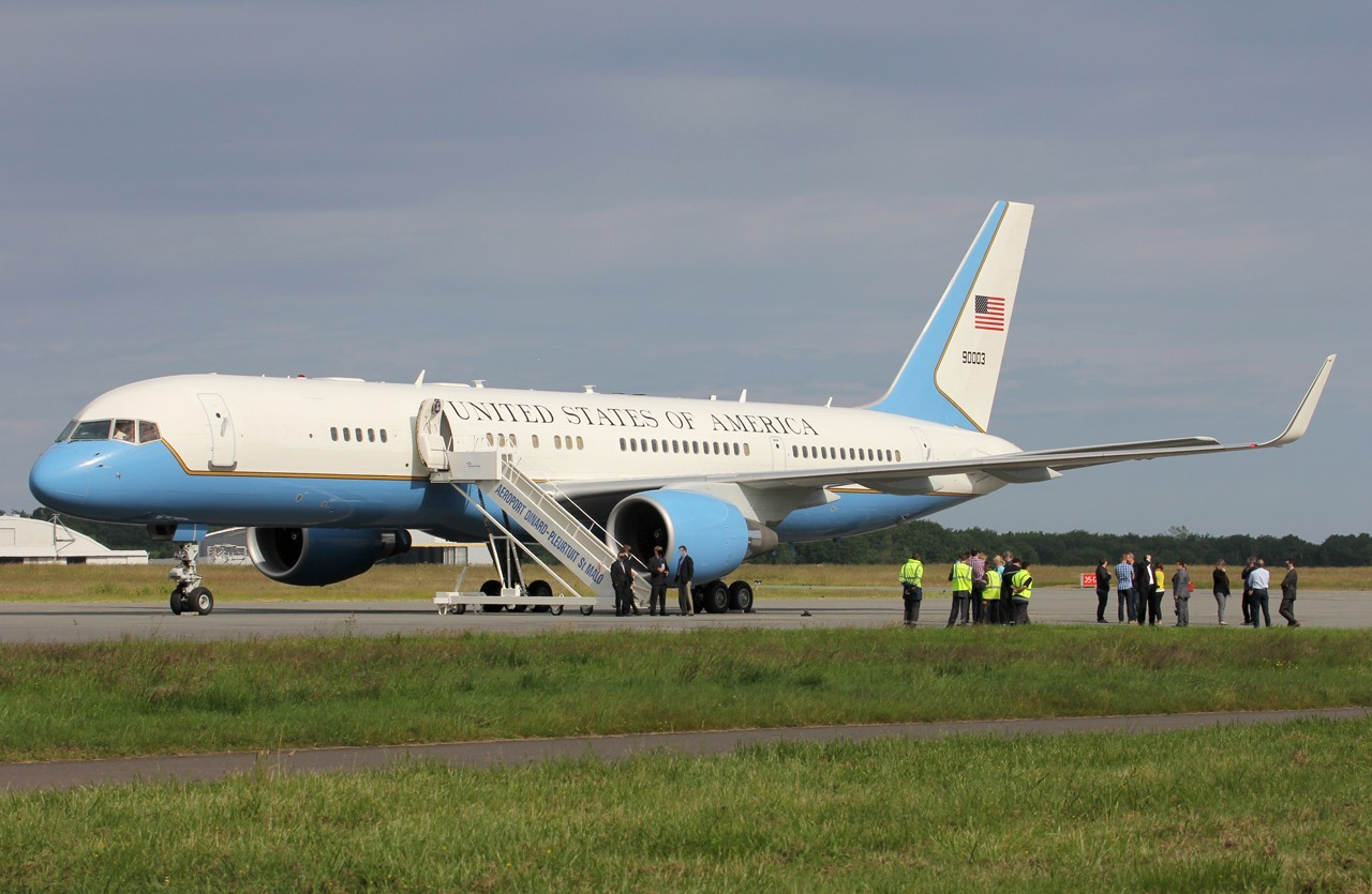 Boeing C-32A (757-200) 99-0003 United States of America le 09/06/2014 Q68k