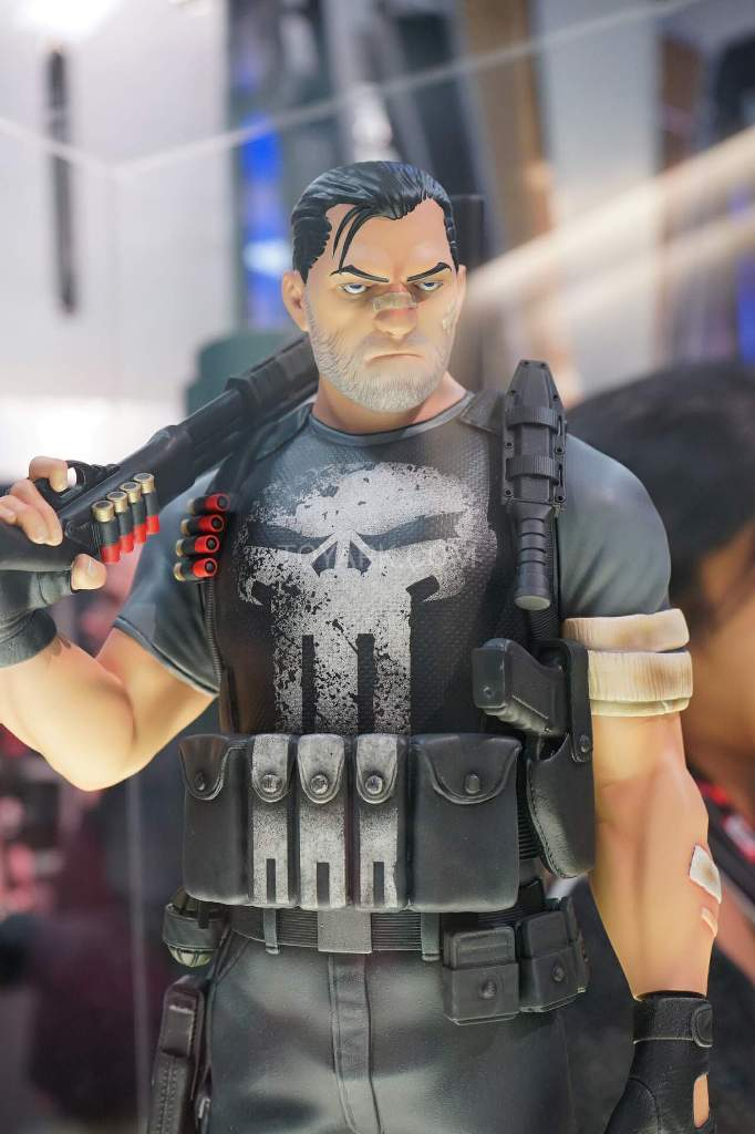 PUNISHER STATUE GENTLE GIANT A8rPd8