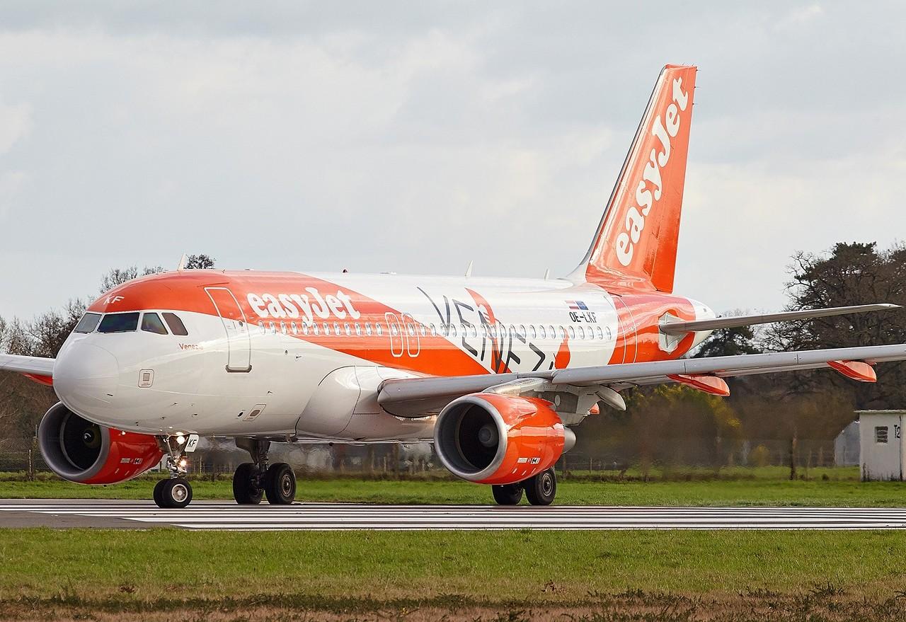 "[02/02/2018] Airbus A319 (OE-LKF) EasyJet Europe ""Venezia"" livery  3RSXWW"