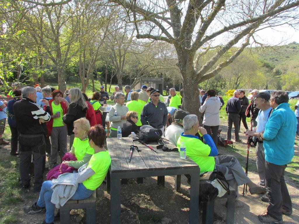 Randonnées des 3 clubs à Pichauris - Circuit bleu - Samedi 9 avril 2016 8fLGdf