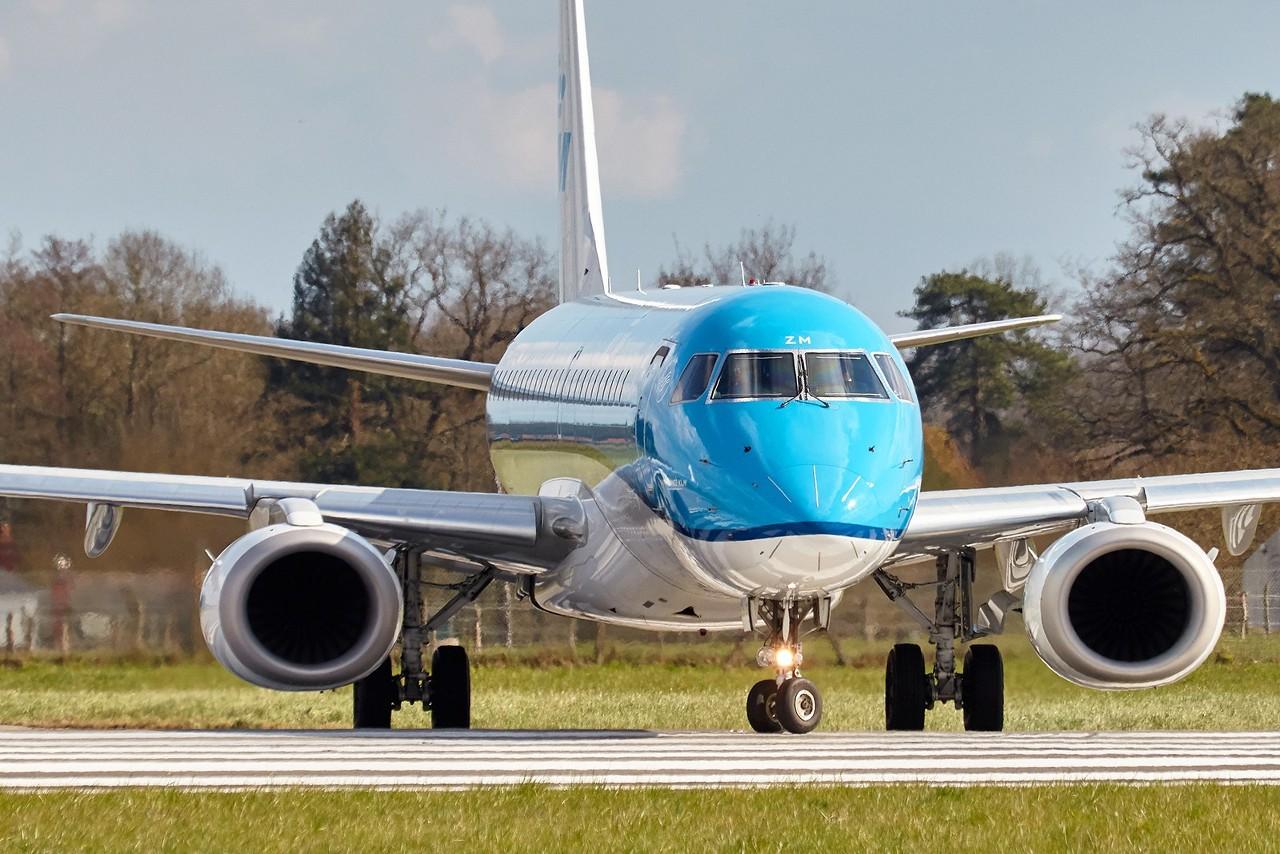 [25/03/2018] ERJ190 (PH-EZM) KLM  GUKZS5