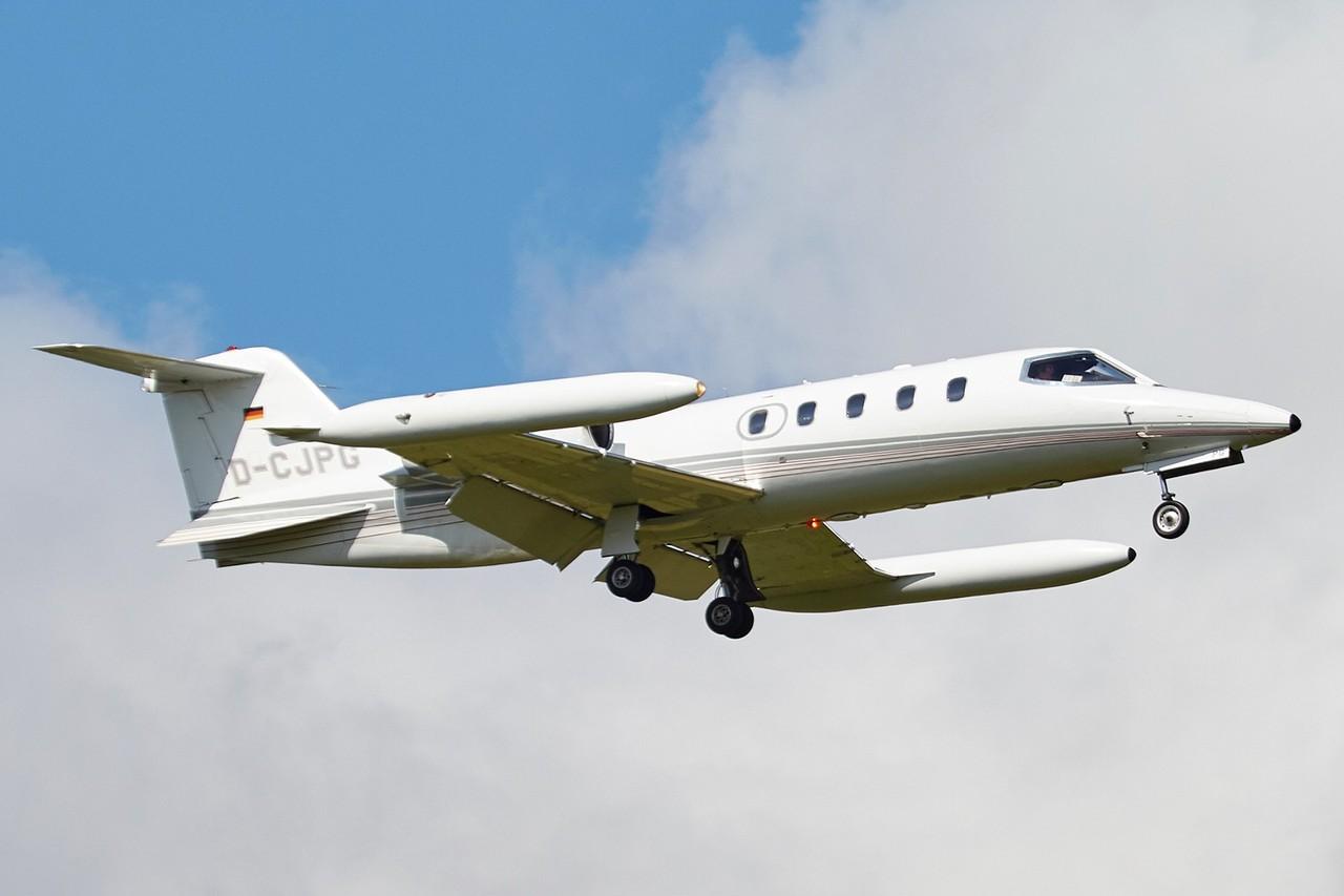 [BIZ JETS] L'Aviation d'Affaires de 2018...   QVFiQC