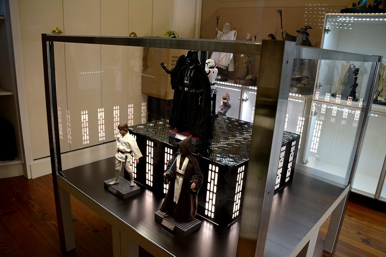 Star Wars Acrylic Display Case  3fHiwF