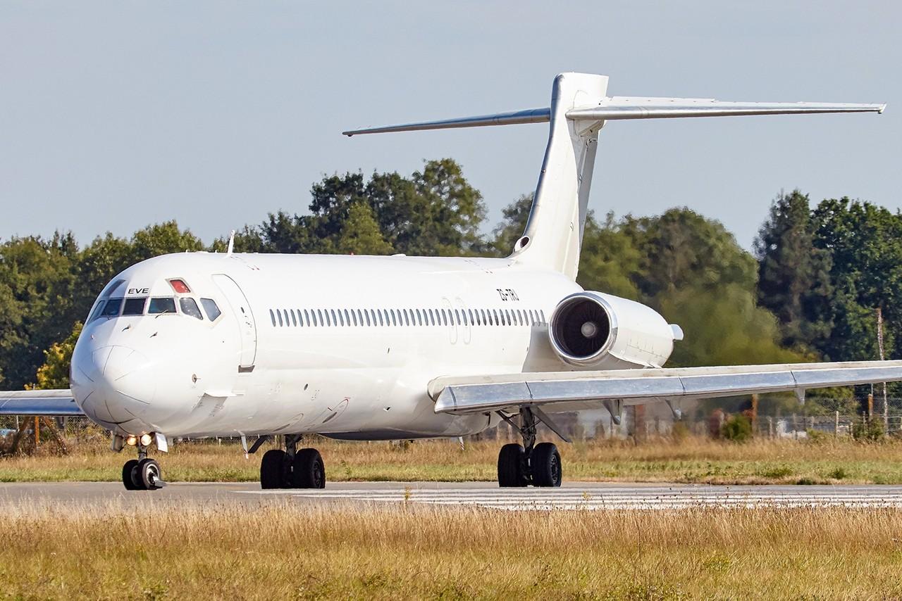 [09/09/2018] MD-87 (ZS-TRJ) Tunisair 3mLd71