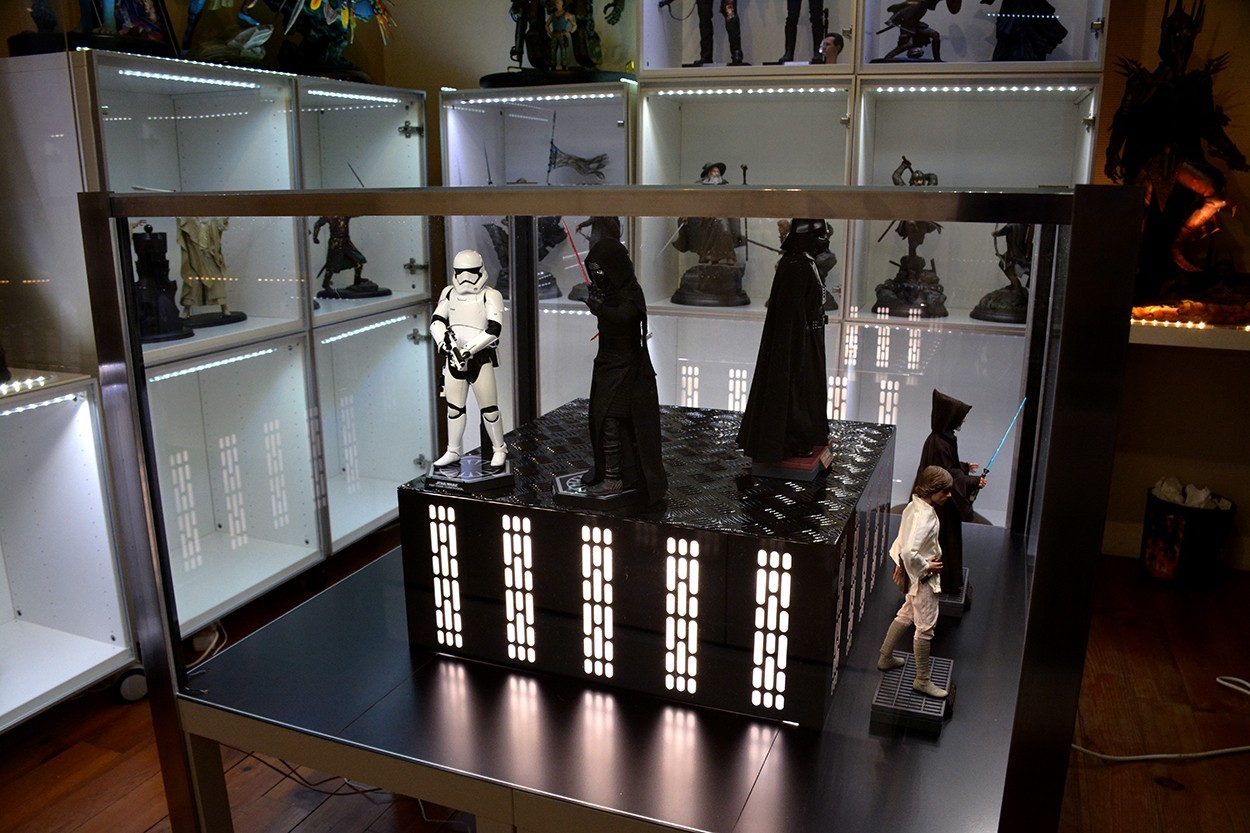 Star Wars Acrylic Display Case  KnAzWO