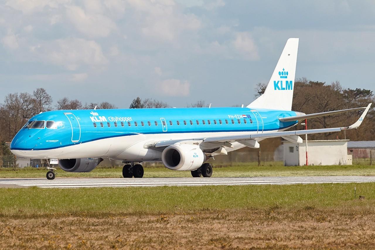 [25/03/2018] ERJ190 (PH-EZM) KLM  YXjPQl