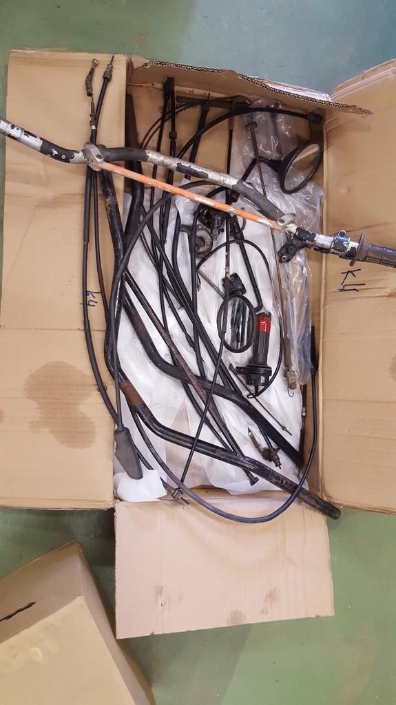 Pièces DT400MX et DT250MX à VENDRE IpkwPO