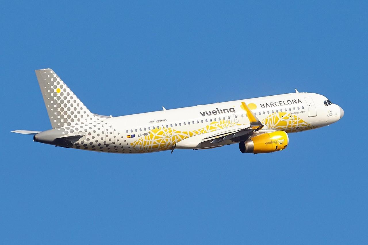 """[02/09/2018] Airbus A330 [EC-MNZ] Vueling """"love Barcelona"""" J9BNFj"""