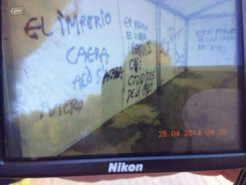 PINTADAS CONTRA EL ALCALDE 2i82