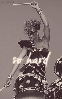Rihanna Fenty Ww6bJd