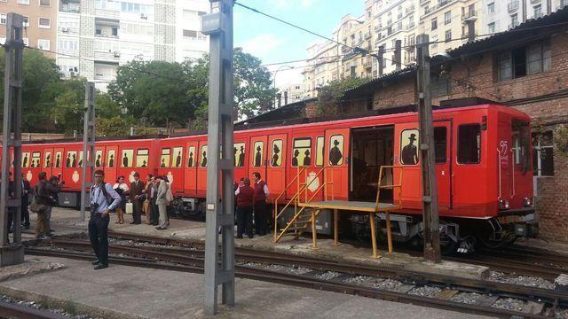 Exposiciones de Metro de Madrid 38529W