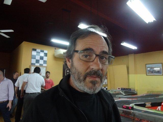 Los Dioses del Slot visitaron Añe....QUE CARRERA ...Uds están locos..!!! Van muy fuerte che..!!! 1DUKi8
