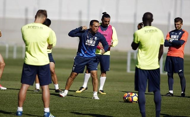 [J21] Cádiz C.F. - Granada C.F. - Sábado 06/01/2018 18:00 h. DFunp6