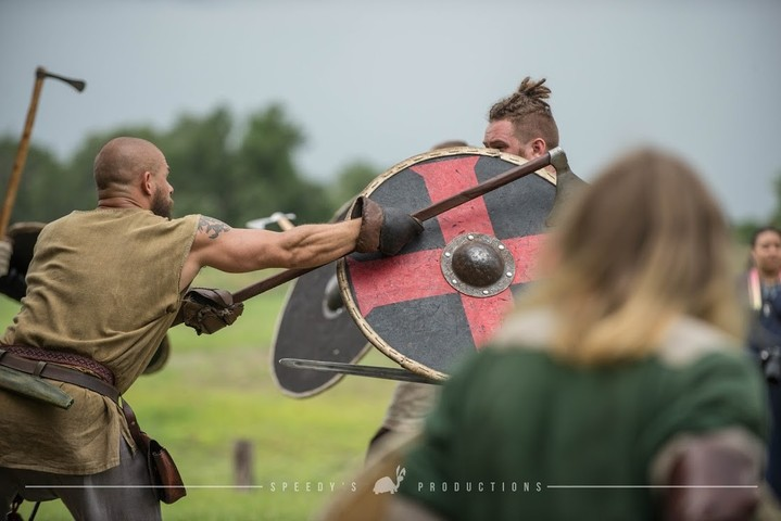 Centuries Off Topic: Vikings March in Florida PkFNsw