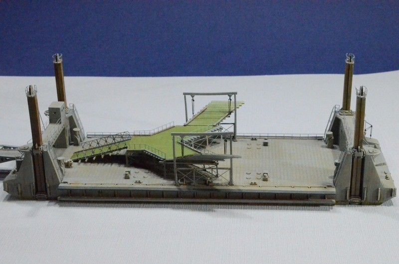 Diorama Port artificiel MULBERRY au 1/350 - Page 3 3e4h