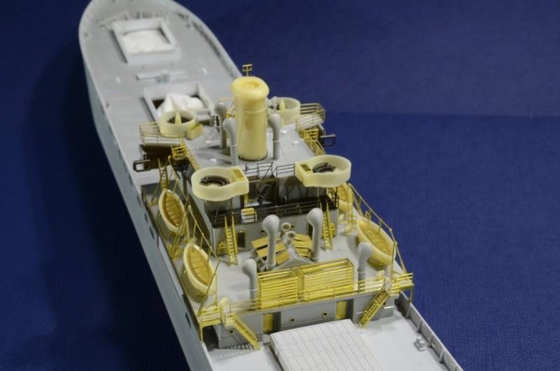 Port Artificiel MULBERRY au 1/350 - Page 5 S5yu