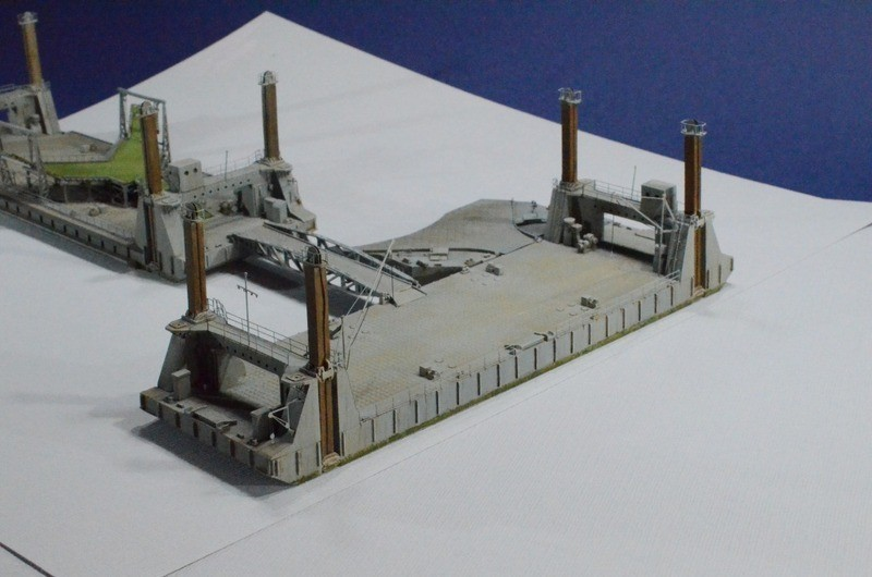 Diorama Port artificiel MULBERRY au 1/350 - Page 3 N4yf