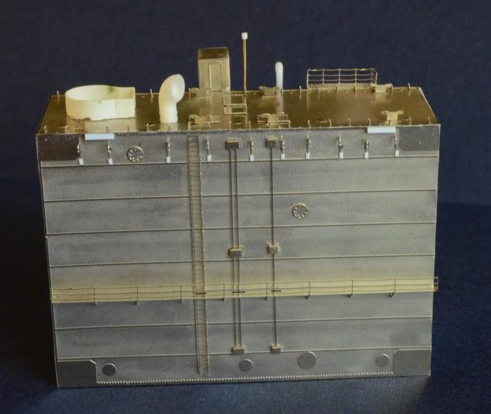 ABSD ARTISAN et USS MASSACHUSETTS BB-59 au 1/350 - Page 2 EUxziJ