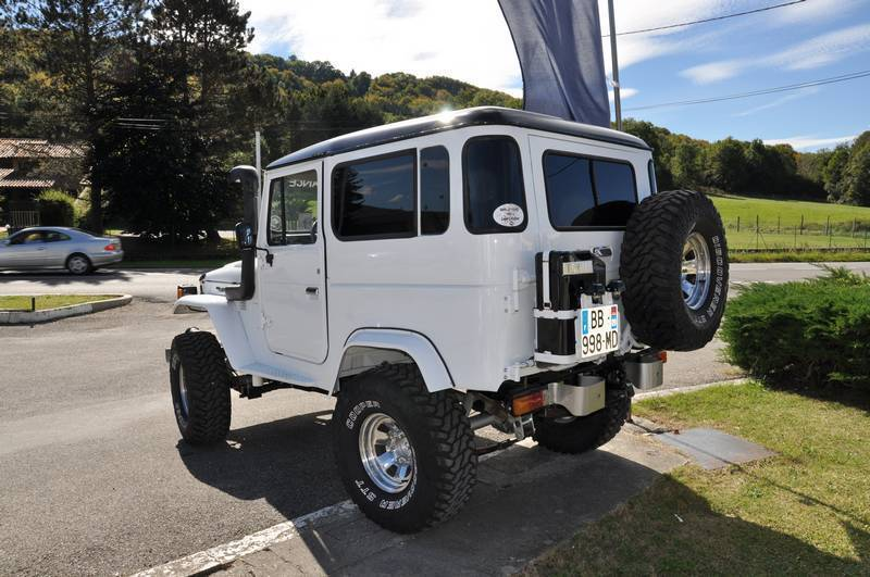 Toyota BJ RC4WD  Uaful2