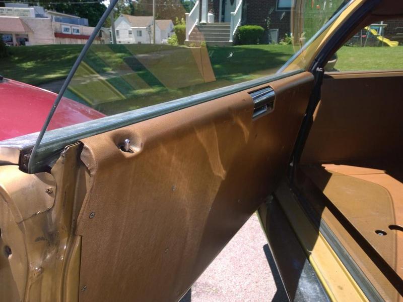 ... (US) 1972 Ford Gran Torino Wagon ... XfHJT9
