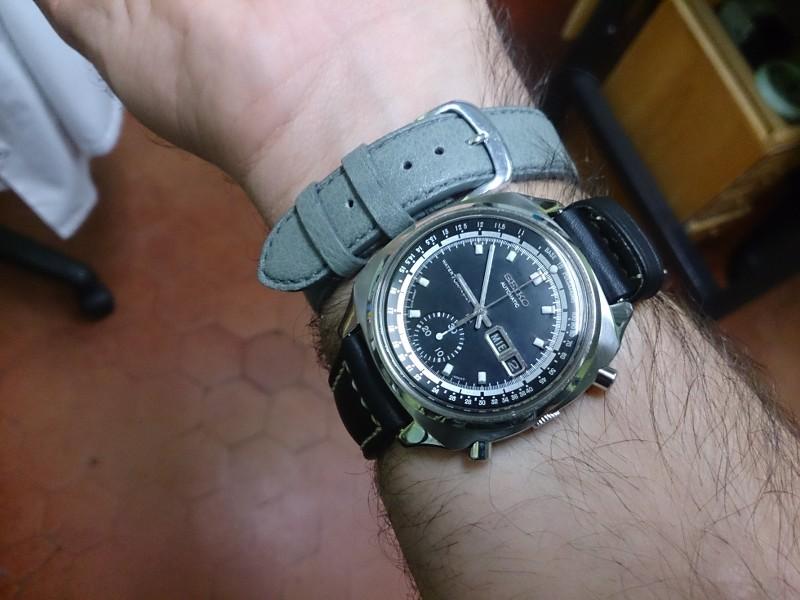 Une quinzaine de montres... XoVx4S