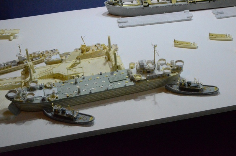 Port Artificiel MULBERRY au 1/350 - Page 6 Thcl