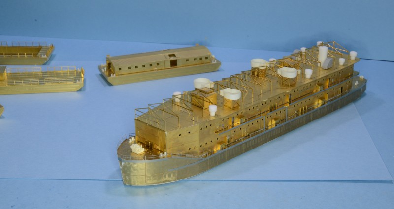 ABSD ARTISAN et USS MASSACHUSETTS BB-59 au 1/350 - Page 6 P2p18I