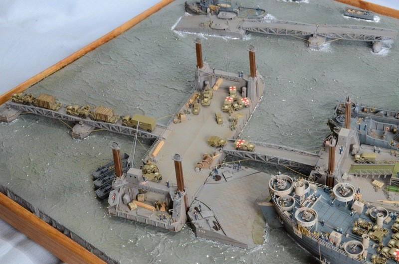 Diorama Port artificiel MULBERRY au 1/350 - Page 4 E88419