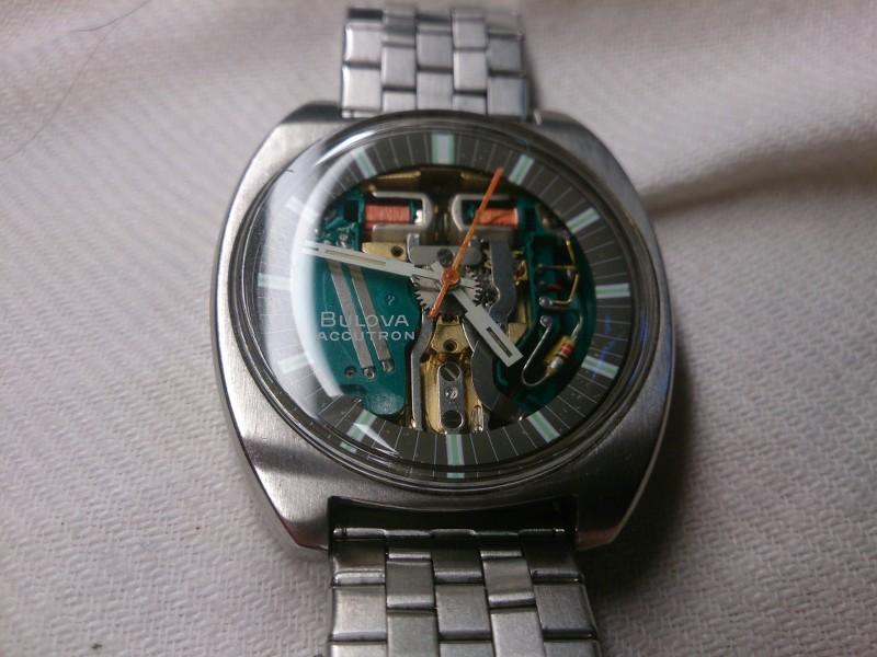 Une quinzaine de montres... 4AffMC