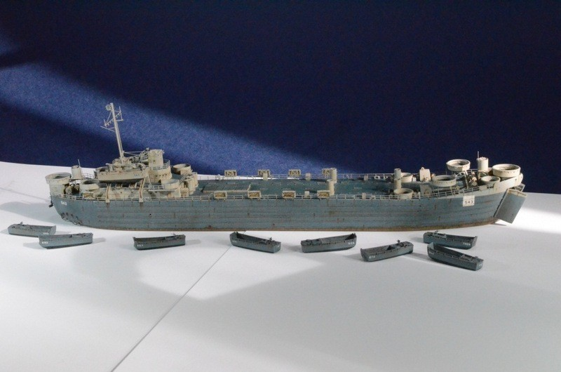 Port Artificiel MULBERRY au 1/350 - Page 7 P0uo