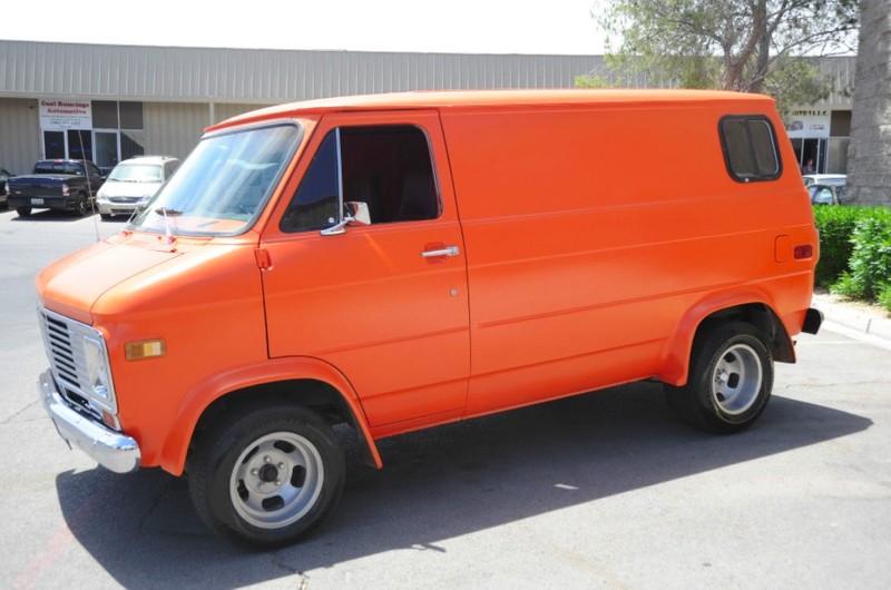 ... (US) 1977 Chevy G20 Van ... Hu4y