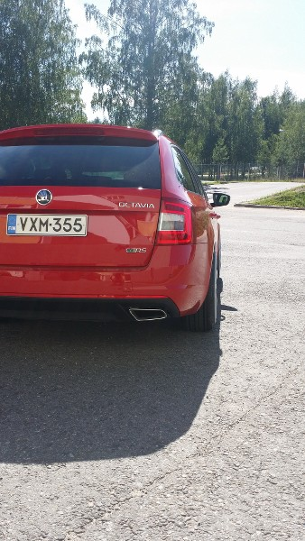 Härkönen: Octavia RS '14 - Sivu 2 Ujhfa