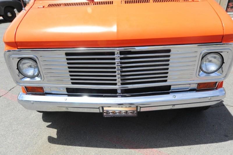 ... (US) 1977 Chevy G20 Van ... I6c6