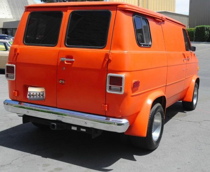 ... (US) 1977 Chevy G20 Van ... P0o9