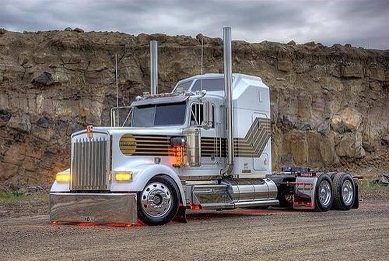 Zolis camions  Qr79