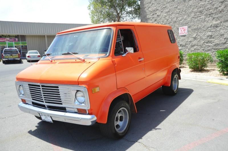 ... (US) 1977 Chevy G20 Van ... Rqyp