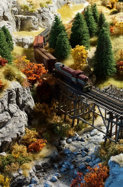 Canyon Railway, der Neubeginn X85Ncg