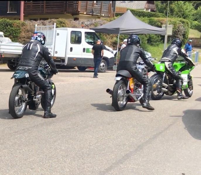 Ici le CR et les Photos de la 28eme Course de Cote de Motos Anciennes du Gaschey du 14.07.2018 00VQkh