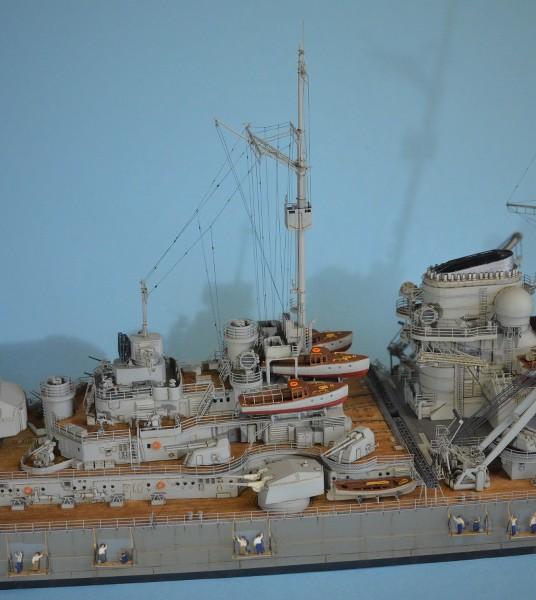 Grande grue 250 t port de Hambourg et Bismarck au 1/350 - Page 16 5aoaLH