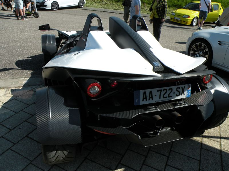Ici le CR et les photos du  7ème Salon Auto à Lemberg 57620 du 8.05. 2016 FQNOqU