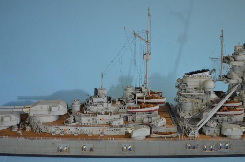 Grande grue 250 t port de Hambourg et Bismarck au 1/350 - Page 16 L1SJu7