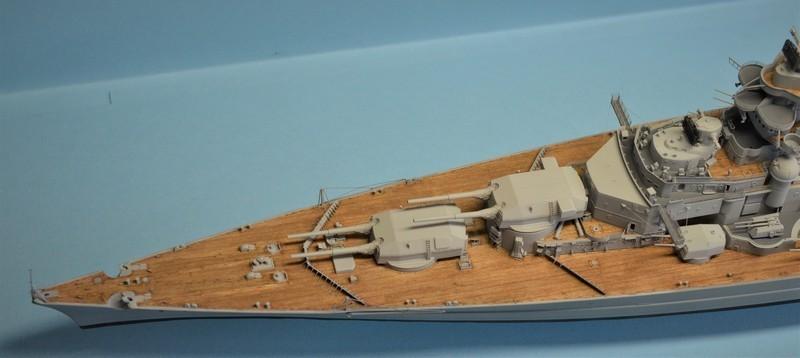 Grande grue 250 t port de Hambourg et Bismarck Revell au 1/350 - Page 9 LYNDwP