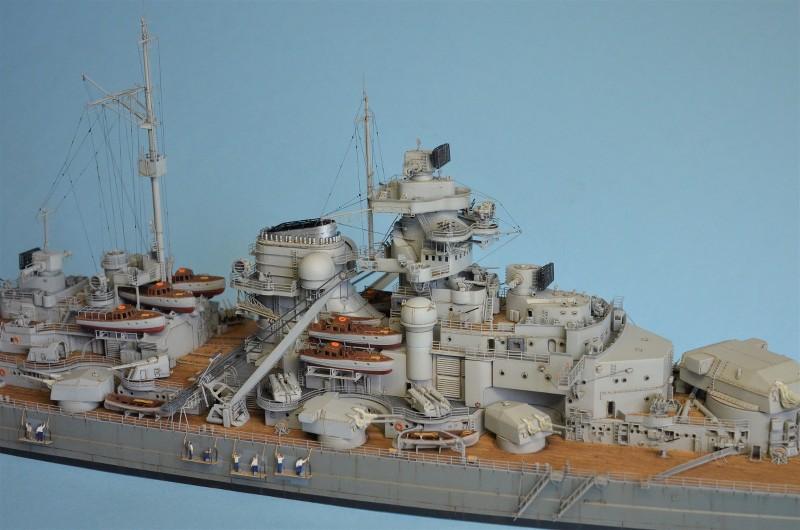 Grande grue 250 t port de Hambourg et Bismarck au 1/350 - Page 16 EBS8d0