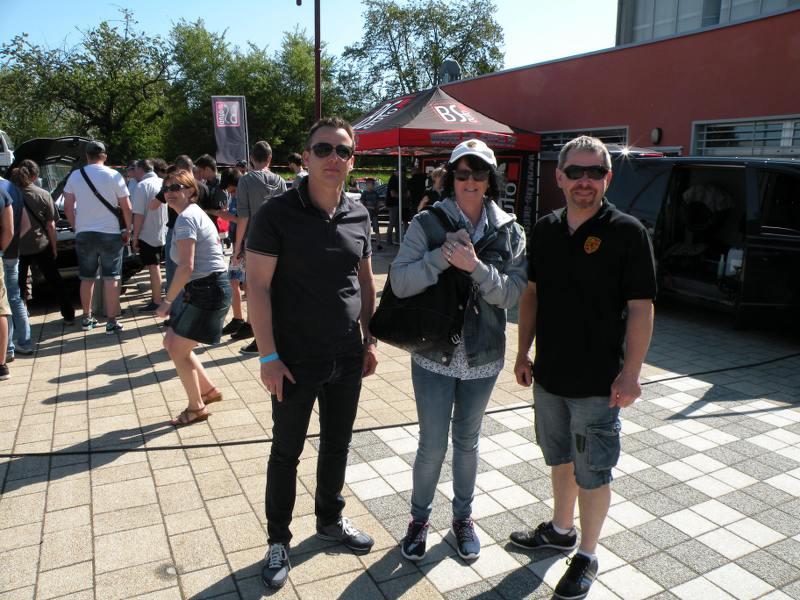 Ici le CR et les photos du  7ème Salon Auto à Lemberg 57620 du 8.05. 2016 It9tK4