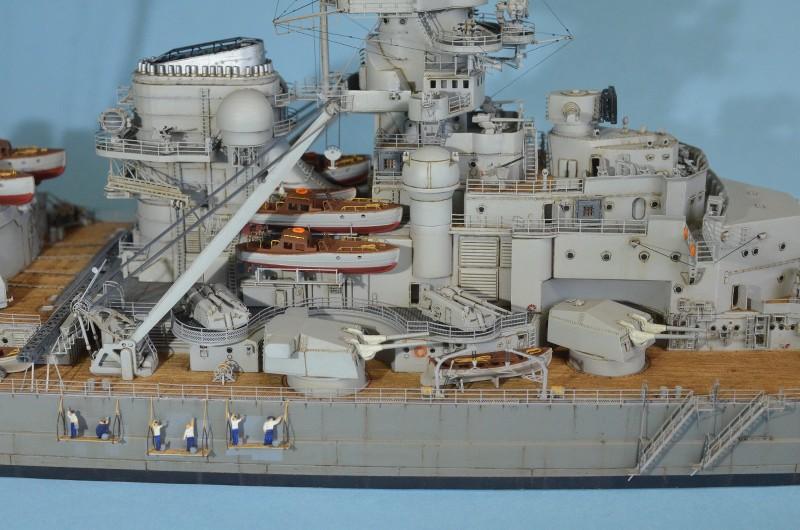 Grande grue 250 t port de Hambourg et Bismarck au 1/350 - Page 16 P87wxR