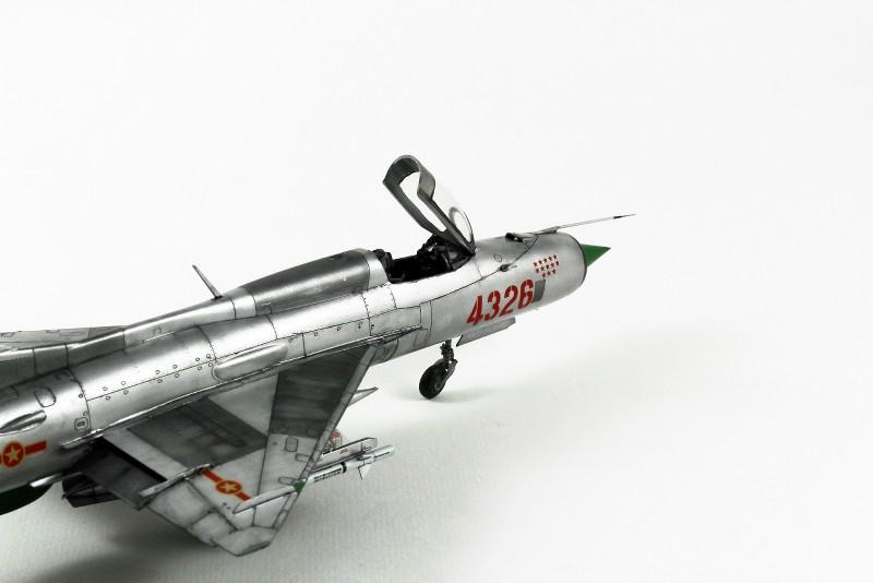 MIG 21PF NORD VIETNAM - EDUARD - 1/48 XGzzvB