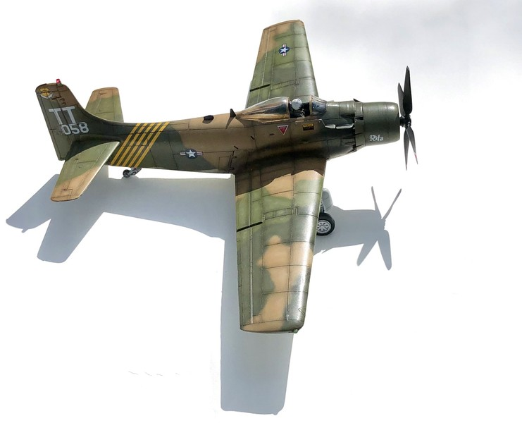 SKYRAIDER A1H 1/48 MONOGRAM - Page 2 XS7MSk