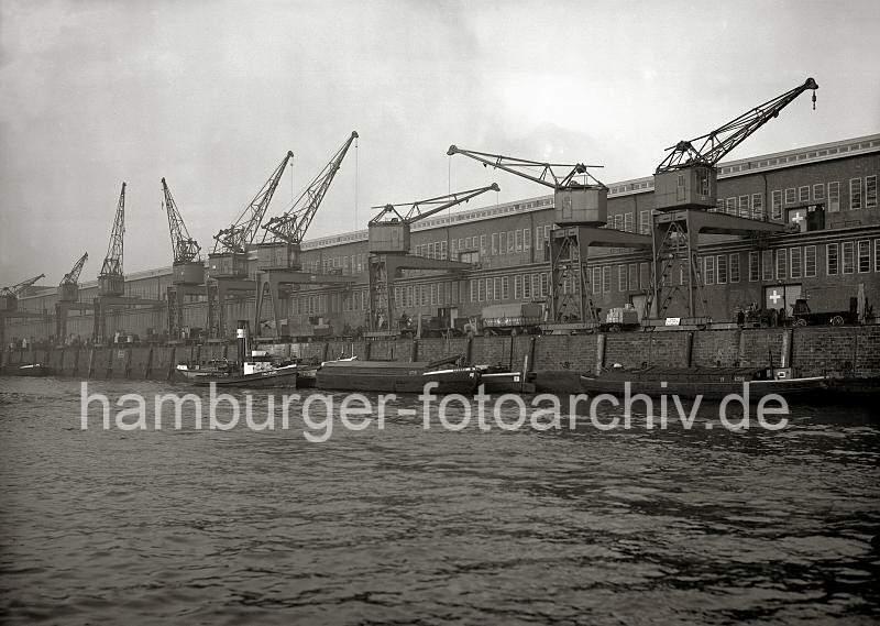 Grande grue 250 t port de Hambourg et Bismarck au 1/350 2i1N4Y
