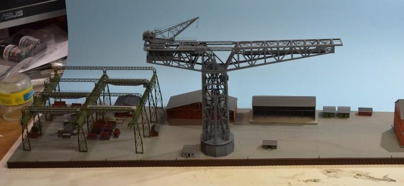 Grande grue 250 t port de Hambourg et Bismarck au 1/350 - Page 12 RXiPo7